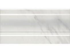 Плинтус Алькала белый