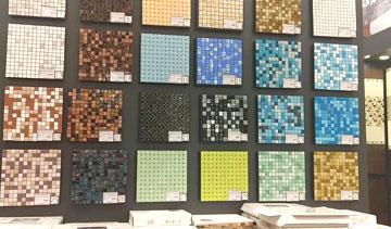 Шедевры из плитки мозаики: советы по уходу и укладке